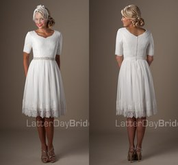 informal lace wedding dresses NZ - Short Informal Wedding Dresses With Half Sleeves Knee Length Vintage Lace chiffon country beach Reception wedding Dresses