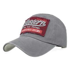 2018 NUEVA Moda Mujeres Hombres señoras Carta Ajustable sombreros tapa  Letras Gorra de béisbol del dril de algodón Snapback Hip Hop Sombrero plano  Cosplay 833c80f190b