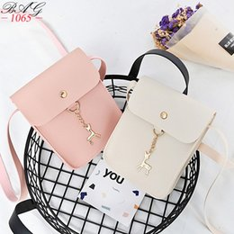 $enCountryForm.capitalKeyWord NZ - New Hot Women's Handbags PU Leather Fashion Small Shell Bag With Deer Toy Women Shoulder Bag Casual Crossbody Bag