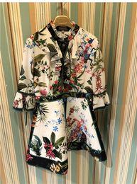 2018 Designer Femmes Dress V Col 3/4 Flare Manches Longues Mini Femmes Dress Milan Piste Vestidos De Festa 90706