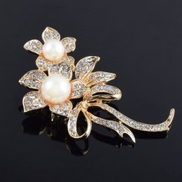 $enCountryForm.capitalKeyWord UK - Flower Imitation Pearls Brooches Crystals Rhinestone Broach Pins for Bridal Wedding Bouquet Women Girls Jewelry Gifts 58 @M23