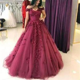 $enCountryForm.capitalKeyWord NZ - 2019 Long Elegant burgundy ball gown Evening Party Gowns Off Shoulder Lace Applique plus size arabic formal celebrity Prom party Dresses