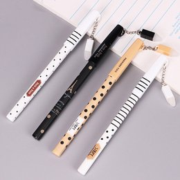 $enCountryForm.capitalKeyWord Canada - 1PC Korean Stationery New 0.5mm Cute Erasable Pens Pendants Gel Pen Writing Pen for School Office Supplies