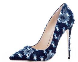 49b50a94e9 2018 Nuevas mujeres del dril de algodón de tacones altos del dedo del pie  del dedo del pie bombas del dedo del pie zapatos de fiesta bombas de color  azul ...
