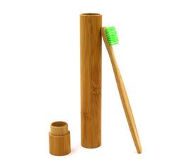 Vente en gros Mode Meilleur Brosses À Dents En Bambou Langue Cleaner Prothèse Dents Voyage Brosse À Dents Protection de l'environnement naturel boîte de brosse à dents à la main