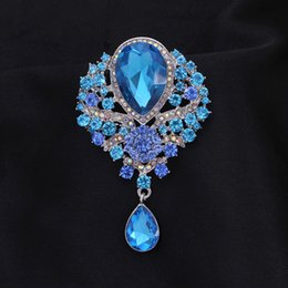 Hijab bouquets online shopping - Luxury Bridal Wedding Crystal Water Drop Brooches for Women Bouquet Flower Brooch Vintage Collar Hijab Pins Scarf Jewelry haif
