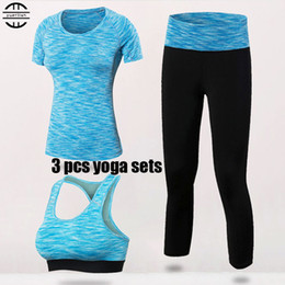 $enCountryForm.capitalKeyWord Canada - Yuerlian Quick Dry Yoga Set 3 PCS Workout Tight Sexy Top Sport Suit Gym Running Shirt legging Pants Sport Bra Women's tracksuit