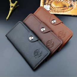 Multi Color Hand Bag Australia - 2018 high quality oil wax men's leather wallet, leisure retro long wallet, large capacity multi-card, hand bag free shipping 3 color