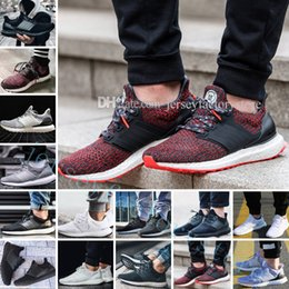 Discount hot dog shoes - Hot Ultra Boots 2.0 3.0 4.0 UltraBoots men running shoes sneakers women designer Sport UB CNY Dog Snowflake Core Triple