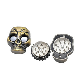 Discount skeleton smoking pipes Skeleton Mask Silver Tone Plastic Alloy Skull Shaped Herb Cigarette Tobacco Smoking Grinder Storage For Pipes Accessorie