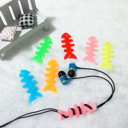 Cord Cable Bobbin NZ - Fishbone Silicone rubber fish bone earphones headphone cable bobbin winder cord winder cable holder for MP3 MP4 Wholesale 1pc