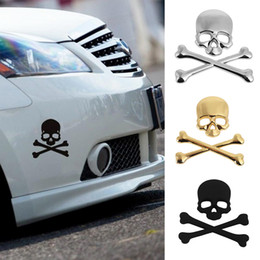 Discount skull car accessories 1PC NEW Cool 3D Skull Metal Skeleton Crossbones Motorcle Car Sticker Label Skull Emblem Badge Car Styling Stickers Accessories