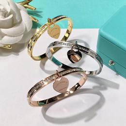 Großhandel 2018 neue Marke Double T Mode Edelstahl Marke Herz Armbänder für Frauen mit cz Diamant Liebe Armband New York edlen Schmuck