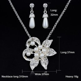 beautiful pendant sets Australia - Beautiful flower Jewelry set earring   necklace imitation pearl pendant necklaces pearl earrings wedding jewelry set