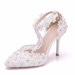 Thick White Wedding Shoes Australia - New elegant beading pointed toe shoes for women White lace flowers high heel wedding shoes thick heels Beautiful AB Crystal Plus Size Shoes