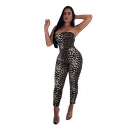 b5273bdd5 Verão Imprimir Estiramento Voltar Lace Up Macacão Mulheres Sexy Fora Do  Ombro Comprimento Total Streetwear Macacão Leopardo Das Mulheres Macacão  Snug