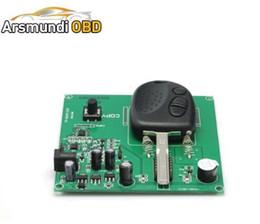 Лучшие дистанционный ключ копировальный аппарат для Chevrolet ключ копир программер для ключ для Chevrolet Холден 3 кнопки 304MHZ на Распродаже