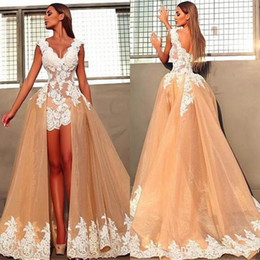wedding dress short removable train NZ - 2018 Sexy Chic Sheath Wedding Dresses With Removable Train V Neck White Lace Applique Mini Hi Lo Short Bridal Gowns