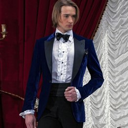Wholesale velvet wedding blazers jackets for sale - Group buy Italian Royal Blue Velvet Wedding Suits for Groom Tuxedos Peaked Lapel Vintage Bridegroom Prom Formal Blazers Jacket Pieces Black Pants
