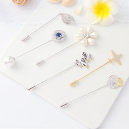 $enCountryForm.capitalKeyWord Australia - Autumn And Winter Grace Zr Stone Plane Three-dimensional Leaf Pearl Flower Human Skeleton Small Fish Brooch Broth A911