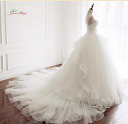 24822545ec4 Traum Engel Sexy Schatz Drapierte Ballkleid Brautkleider 2018 Backless  Geraffte Prinzessin Braut Kleid Robe De Mariage Plus Größe