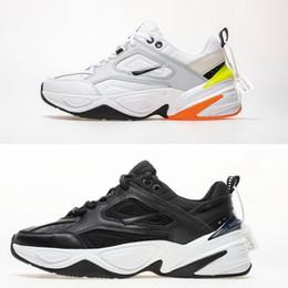 1e045ad49aa3 2018 NOUVEAU Air Monarch M2K Tekno Papa Sport Chaussures De Course Pure  Platinum Noir Blanc Femmes Designer Hommes Zapatillas Sport Baskets Baskets