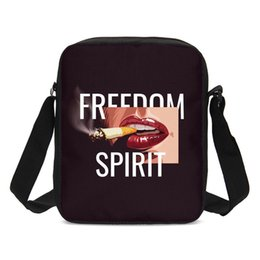 Smoking Lips UK - Luxury Handbags Women Bags Cool Girl Smoke Red Lip Printed Messenger Bag Crossbody Bag Girl Bolsos Mujer Feminina Sac Main Femme