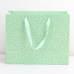 Boutique paper gifts Bags online shopping - Mother s Day gift bag Europe recalls fashion boutique high quality green paper bag personalized personalized custom