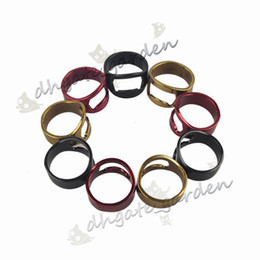 China 4 Colors Finger Ring Bottle Opener Stainless Steel Beer Opener Ring Opener Black Silver Red Gold Openers 22MM 500pc suppliers