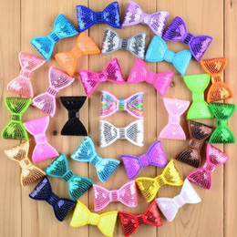 Vente en gros 100 pcs / lot 32 couleur 2 pouces petit paillettes brodé paillettes noeuds enfants boutique cheveux arc vêtement chaussures cheveux accessoires hdb12