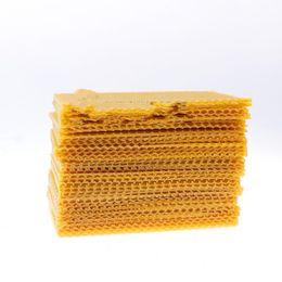 Nueva creativa de nido de abeja amarillo pequeño nido zócalo cera de abejas abeja marco apicultura herramientas jardín suministros simple durable de alta calidad 20sl aa