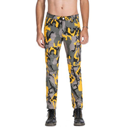 Chinese  Men's Fashion Brand Casual Yellow Camouflage Jeans Cotton Denim Fashion Military Luxury Cargo Pants manufacturers