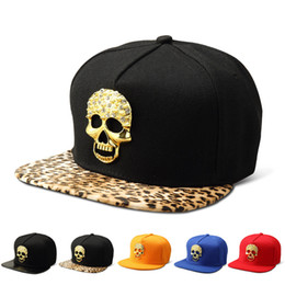 4b82dfddd30 Men Women Lovers Hip-hop Black Leopard Cotton Snapback Caps Skull Alloy  Logo Popular Fashion Cool Street DJ Rock Adjustable Hats