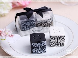 damask party supplies Australia - 100set Black and White Damask Ceramic Salt and Pepper Shakers Wedding Favors Gifts Wedding supplies Seasoning Cans Party Guests gift box Pre