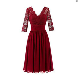 $enCountryForm.capitalKeyWord NZ - Real Photos Elegant Short Sheath Mother Of The Bride Dresses Applique Lace Crystal Knee Length Evening Gowns Plus Size Wedding Guest Dress