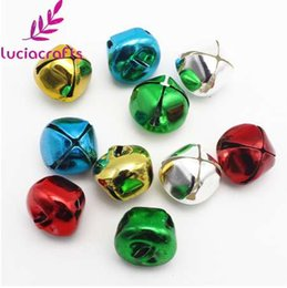 China Lucia Crafts 12pcs 20mm Jingle Bells Pendants Hanging Christmas Tree Party DIY Crafts Decorative Accessories 18022012(20A12) suppliers