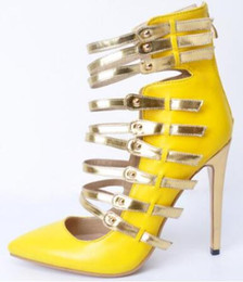 Shoes Women Fashion Style Canada - 2018 Yellow Narrow Band Pointed Toe Cuts Out Zip Women Retro Shallow Pumps Fashion Ladies Casual Shoes New Style Solid Zapatos Mujer