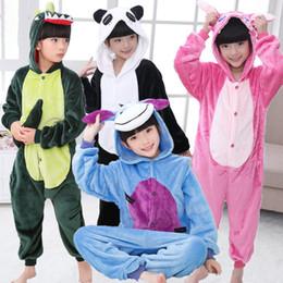 11918a37d8307 Garçons Filles Animal Carton Pyjamas Unisexe Chaud Vêtements De Nuit Pour  Automne Hiver Nuit Cadeaux De Noël Pyjamas pour Enfants