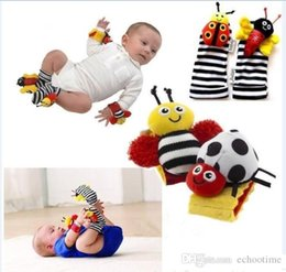 $enCountryForm.capitalKeyWord UK - In Stock 400pcs sozzy Wrist rattle & foot finder Baby toys Garden Bug Bee Baby Rattle Socks Lamaze Baby Rattle Socks and wristband