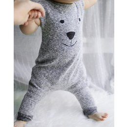 Wholesale Fashion Baby Rompers Cute Cartoon Bear Printed Boys Sleeveless Cotton Romper Jumpsuit Long Trousers Soft Baby Clothing Outfits