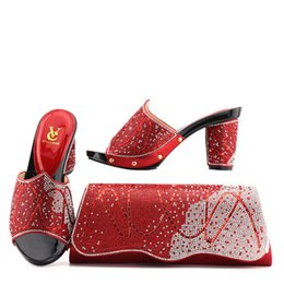 Selling high heel ShoeS online shopping - The hot selling artist shoes and matching kits sell women s shoes and bags to match party size African shoes and party outfits AB29