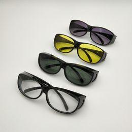 2b25e58506 Gafas de seguridad de cuatro colores Gafas protectoras transparentes y de  trabajo Gafas contra viento y polvo Antivaho Médico
