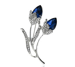 flower corsage brooch UK - 2018 fashion diamond flowers Brooch corsage Shirt Denim Jacket Decor Party Prom Women Men Accessories 69