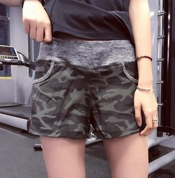 $enCountryForm.capitalKeyWord Canada - Women Yoga Shorts Sport Gym Shorts Dry Fit Elastic Fitness Workout Running Tight Sport Female With Pocket Camouflage