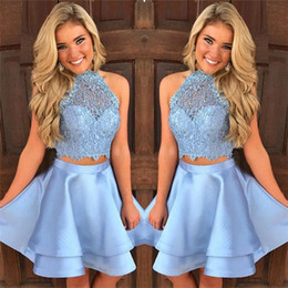 Wholesale Tulle Crop Top Baby Blue Two Piece Homecoming Dresses Lace Satin Halter Cheap Short Online Graduation Dresses robe courte