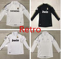 e2b10122e90 Retro Real Madrid 2006 Home Soccer Jersey Sergio Ramos KAKA HIGUAIN RONALDO  ZIDANE Beckham Red 2012 RAUL Robinho Long sleeve t shirt