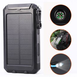 Vente en gros USB étanche 10000mAh Solar Power Bank Chargeur Portable Outdoor Voyage Enternal batterie DC5V. LED Compass