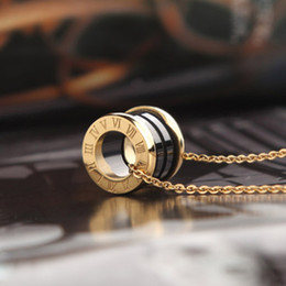 2021 women luxury designer jewelry roman numeral ceramic pendant necklaces rosegold color stainless steel mens necklace gold chain box on Sale