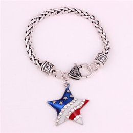 fashion jewelry charm bracelet NZ - Hot Sale Classic Charm Bracelet Unisex Patriot Pattern Star Shape With Sparkling Crystals Fashion Jewelry Zinc Alloy Provide Dropshipping