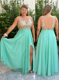 $enCountryForm.capitalKeyWord Australia - Real Image Mint Green Aline Prom Dresses Plus Size Top Beaded V Neck Long Evening Gowns Sexy Low Back robes de soirée courtes